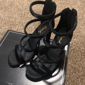 Black Heels Size 6